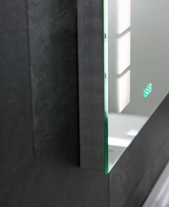 Ventura ogledalo sa osvetljenjem 90x65