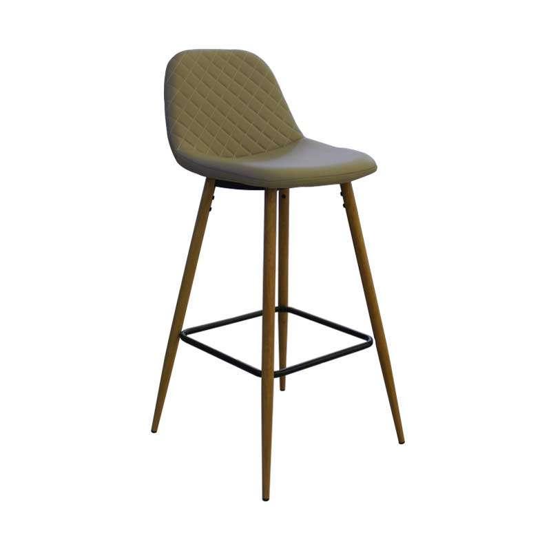 Barska stolica drvo